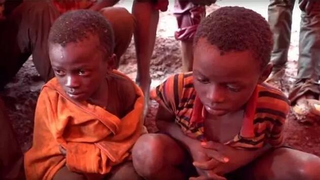RDC : découvrez l'enfer dans lequel vivent les jeunes enfants mineurs (vidéo)